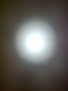 spot luminos al luminii albe